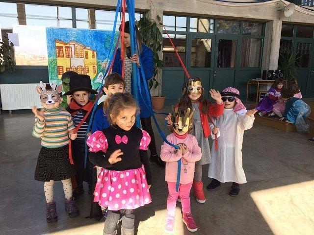 Το Καρναβάλι στο Αρσάκειο Τιράνων - Karnavalet në Arsakeion e Tiranës