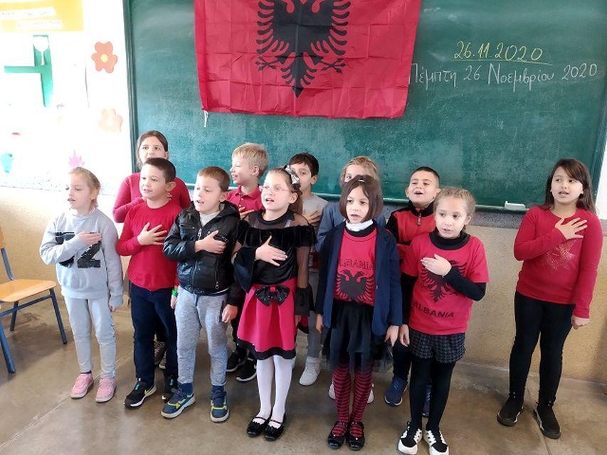 Οι εθνικές επέτειοι τής 28ης και 29ης Νοεμβρίου/ Përvjetori i festave kombëtare të 28- 29 Nëntorit