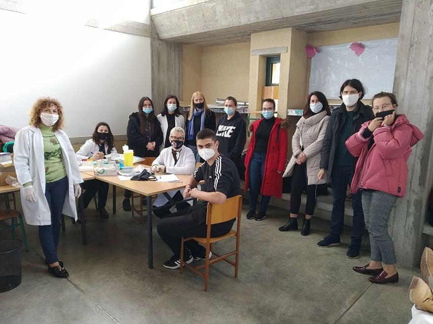 """Εθελοντική αιμοδοσία στο Αρσάκειο Τιράνων/ Dhurim vullnetar i gjakut në """"Arsakeio e Tiranës"""""""