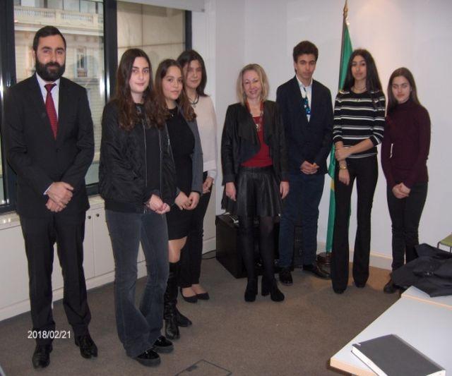 Επίσκεψη στην πρεσβεία τής Βραζιλίας