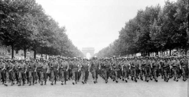 PARIS 1940