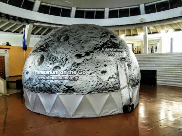 """Το Φορητό Ψηφιακό Πλανητάριο"""" Planetarium On The Go"""" στο Σχολείο"""