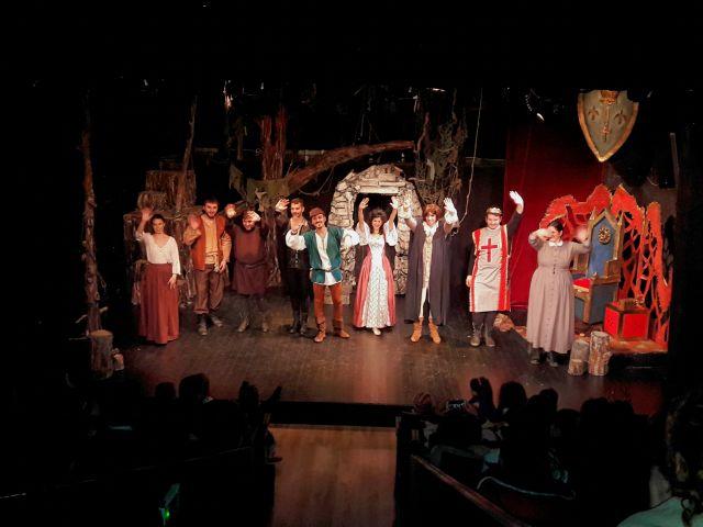 «Ο Ρομπέν των Δασών» στο θέατρο Έκφραση