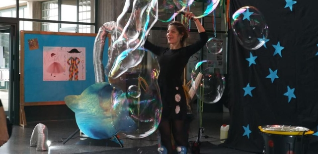 Bubble Performing