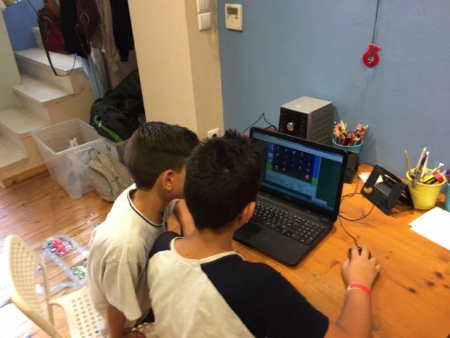 Στο Ινστιτούτο Ψηφιακής Μάθησης & Επικοινωνίας I-NOUS